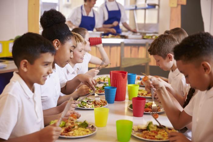 Toegankelijke schoolmaaltijden in Vlaamse steden